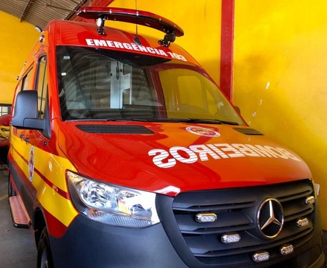 bombeiro_ambulancia.jpg