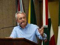 """""""Não tinha vício de origem e nem ilegalidade"""", diz Glinski sobre projeto que pretendia reduzir subsídios de agentes políticos"""