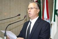 """""""Sou uma pessoa de grupo e companheira"""", diz Oleskovicz ao assumir vaga na Câmara"""
