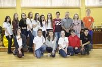 Câmara Mirim realiza Sessão com a presença do Presidente Célio Galeski e alunas do Parlamento Jovem