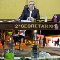 Vereador Coronel Mário, solicita regulamentação da Lei sobre consumo de Bebidas alcoólicas em Canoinhas