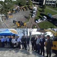 Presidente da Câmara Célio Galeski e vereadores participam da entrega de equipamentos na prefeitura de Canoinhas