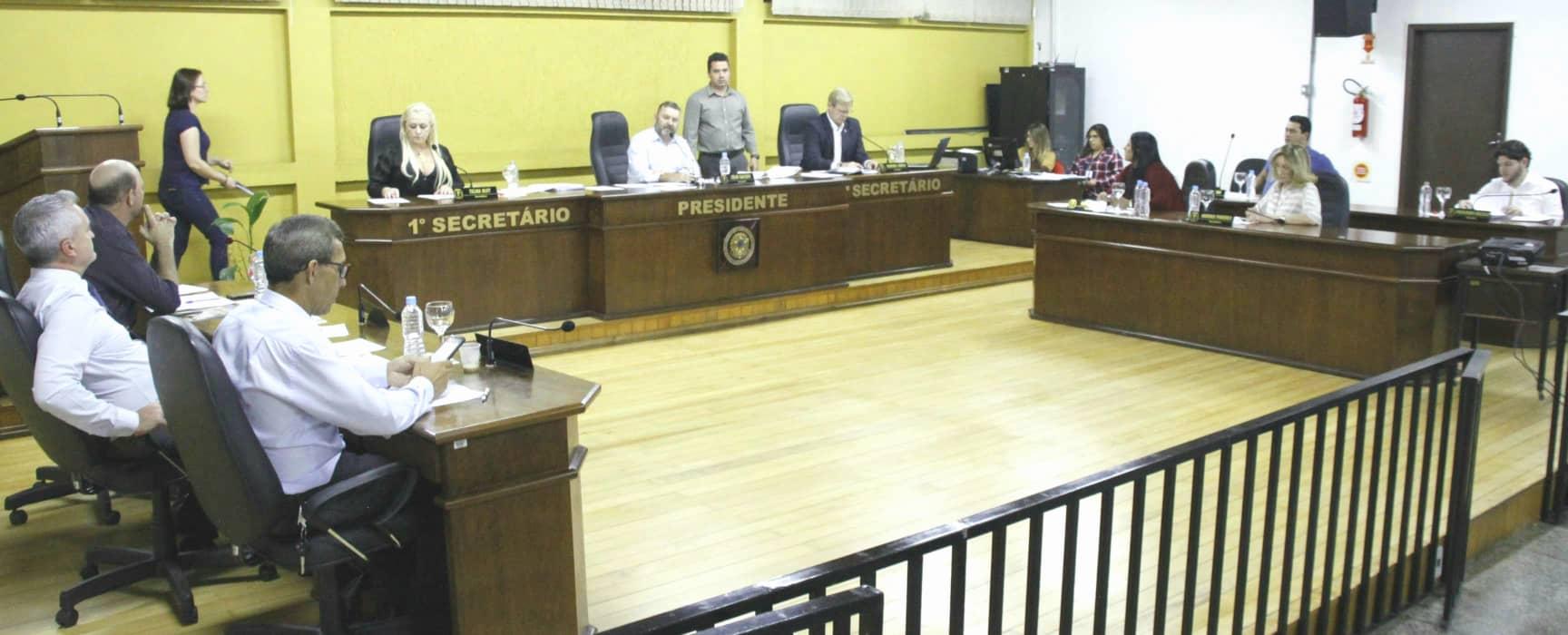 Projeto de Lei que estabelece horário de funcionamento das farmácias e drogarias do município de Canoinhas é aprovado