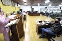 Rede Feminina de Combate ao Câncer de Canoinhas divulga ações do Outubro Rosa na Câmara de Vereadores