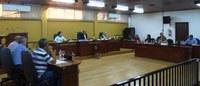 Requerimentos e indicações solicitam pavimentação, melhorias em estradas e iluminação de via pública do município