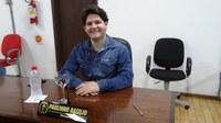 Vereador Paulinho Basílio questiona CASAN sobre taxas cobradas em imóveis desocupados e sem alugar