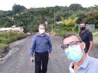 Vereador Wilmar Sudoski e secretário de obras visitam bairros em Canoinhas