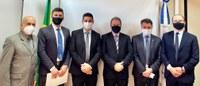 Vereadores Willian e Osmar acompanham prefeito Beto Passos em Brasília